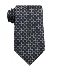 Get what grows on you. This floral tie from Geoffrey Beene is a charming switch from the every day.