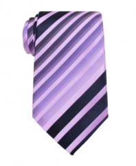 Find your angle. This Alfani tie lets you follow the lines for a lean, streamlined look.