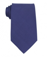 Make a bold decision. This Kenneth Cole Reaction tie is stroke of genius.