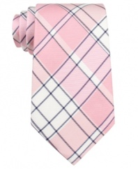 Be a plaid man in this cool tartan tie from Tommy Hilfiger.